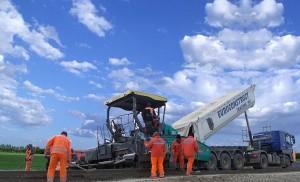 constructii-drumuri-autostrazi-300x182